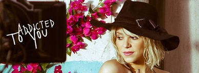 shakira-shakes-it-good-in-addicted-to-you-music-vdeo