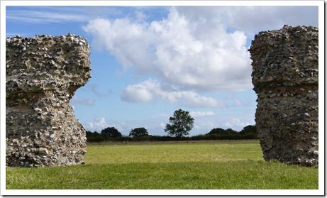 Burgh Castle 012 cr