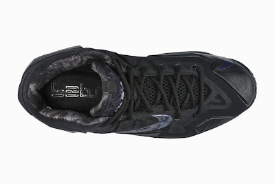 nike lebron 11 gr triple black 5 04 Release Reminder: Nike LeBron XI Blackout (616175 090)