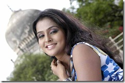 Ramya Nambeesan  photo