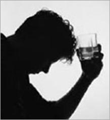 1hombre_bebiendo_cerveza - copia