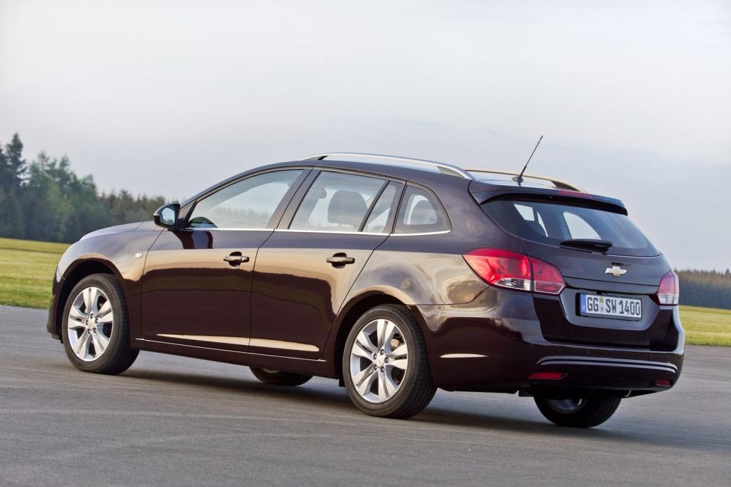 2013-Chevrolet-Cruze-Facelift-24.jpg?imgmax=1800
