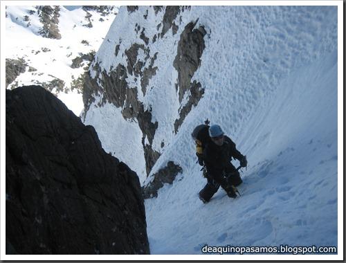 Intento al Corredor Nefropatia 200m D  90º (Pico Piedrafita 2965m, Pirineos) (Fede) 0030