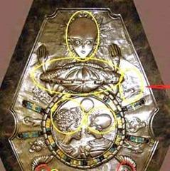 medalhão egipcio e.t.