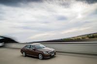 Mercedes-Benz-E-Class-19.jpg