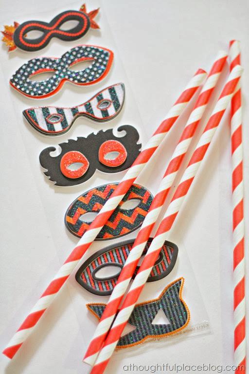 masksandstraws