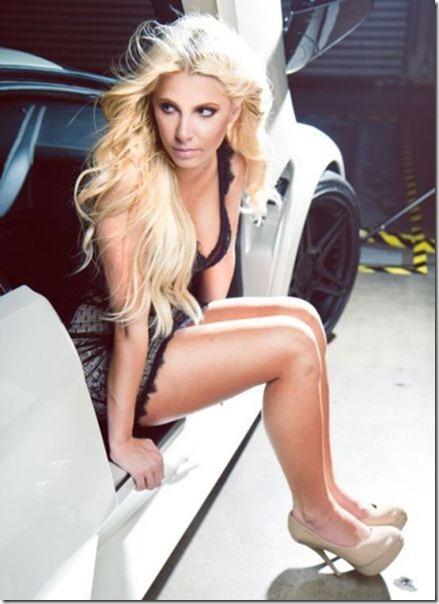 cars-women-hot-43