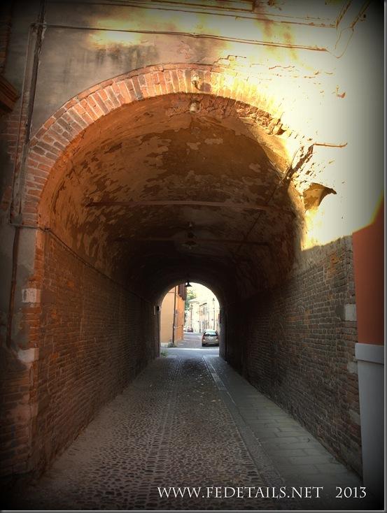 Volto di Via Cammello, foto 1 , Ferrara, Emilia Romagna, Italy - Arc of Via Cammello, photo 1 , Ferrara, Emilia Romagna, Italy - Property and Copyrights FEdetails.net