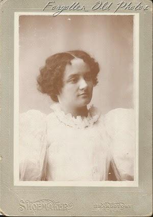 Anna V Smith Craigs