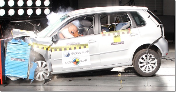 crash-test-frontal-do-volkswagen-polo-hatch-2012-1352836564492_956x500