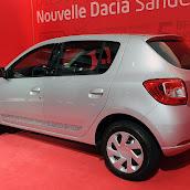 2013-Dacia-Sandero-2.jpg