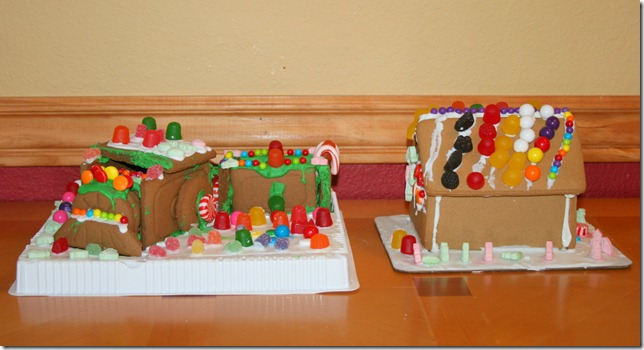 2011-11-30 Gingerbread Houses (1)