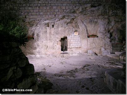 Garden Tomb at night, tb123005430