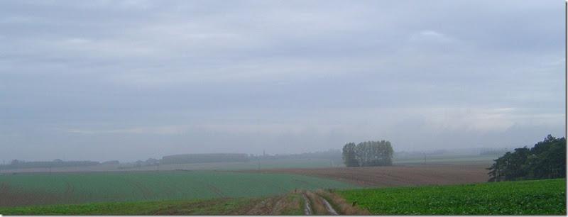 C'est dans ce paysage aujourd'hui paisible, noy de brume, que se droule le rcit de Lon Jost