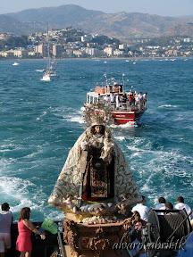 carmen-coronada-de-malaga-2013-felicitacion-novena-besamanos-procesion-maritima-terrestre-exorno-floral-alvaro-abril-(72).jpg