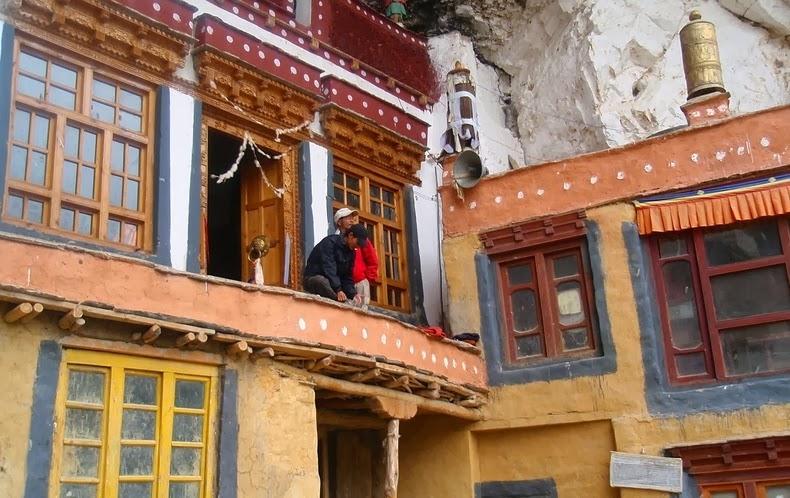 phugtal-monastery-7