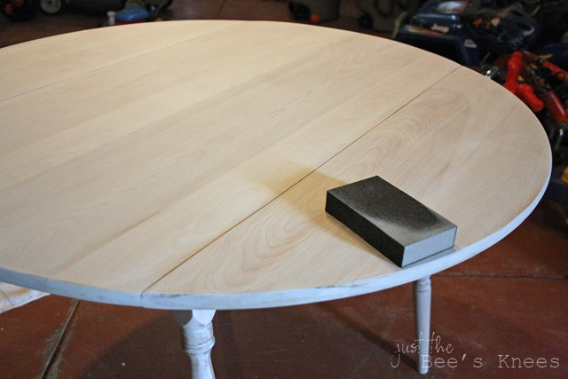 disstressing table