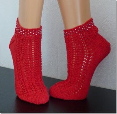 2015_04 Socken Violetta lacy socks (1)