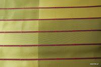 """Butikowa tkanina typu """"tafta"""". W pasy. Na zasłony, poduszki, narzuty, dekoracje. Trudnopalna. Zielona."""