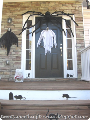 Halloween Front Porch 008