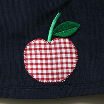 Pinafore apple