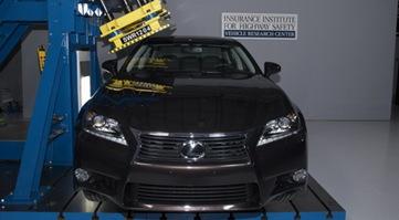 2013-Lexus-GS-Earns-IIHS-Top-Safety-Pick