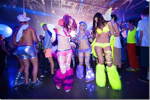 raver-girls-molly-23