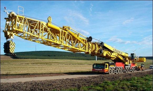 Largest-Mobile-Crane-2