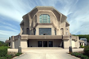 1280px-Goetheanum_Dornach.jpg