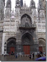 2005.08.19-021 façade de la cathédrale