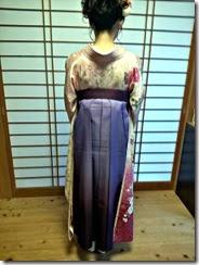 袴と振袖で卒業式の前撮りを (3)