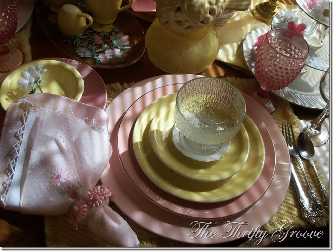 pinkandyellowtable018_thumb