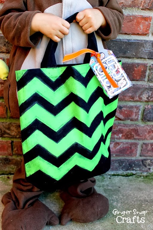 chevron trick or treat bag #spon