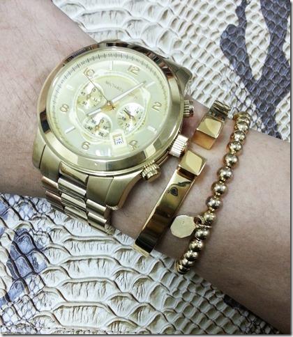 Wei's Stripe Look-dresscode bag-Michael Kors&Vita Fede Omega
