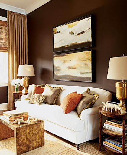 Another example of the combination of dark chocolate and creamy tones. (thedecorista.com)