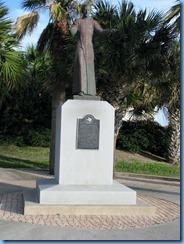 7158 Texas, South Padre Island -  Padre J. Nicolas Balli statue