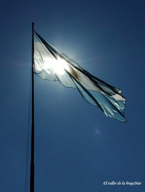BanderaArgentina-debrujaMar-06010