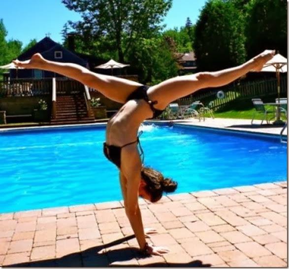 girls-stretching-yoga-041