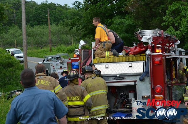 MVA With Entrapment On S. Mountain Rd - DSC_0059.JPG