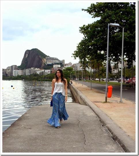 Eu-inventando-moda-saia-plissada-azul-farm-2