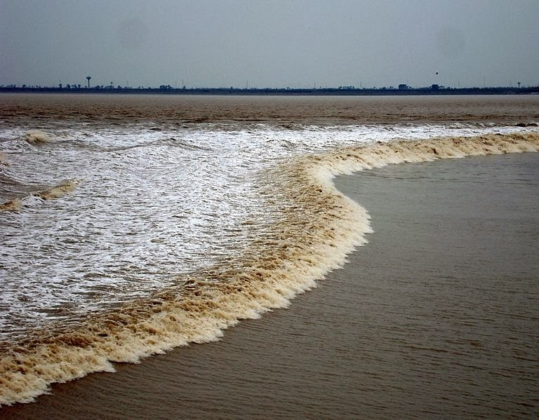 tidal-bore-1