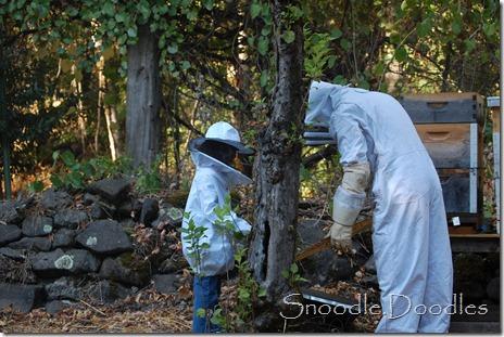 Beekeepers 09-11 006