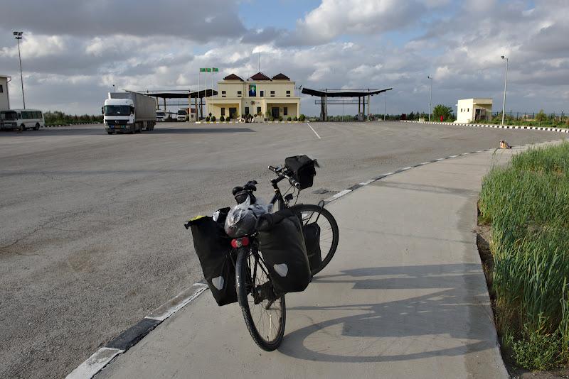 Ultima experianta cu Turkmenistan.
