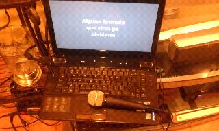 Crea un karaoke night en tu casa como los profesionales diablito curioso - Karaoke en casa ...