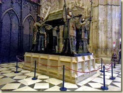 20131128_Cristobal Colon Tomb (Small)