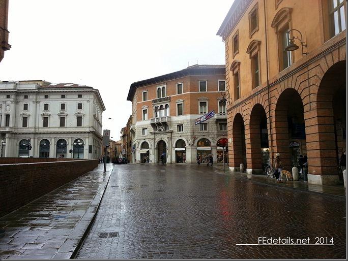 Incrocio Corso Martiri della Libertà, Corso della Giovecca, Viale Camillo Benso Conte di Cavour, Ferrara, Italy