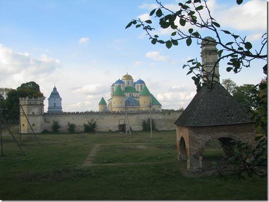 Пічка у монастирі, Межиріч