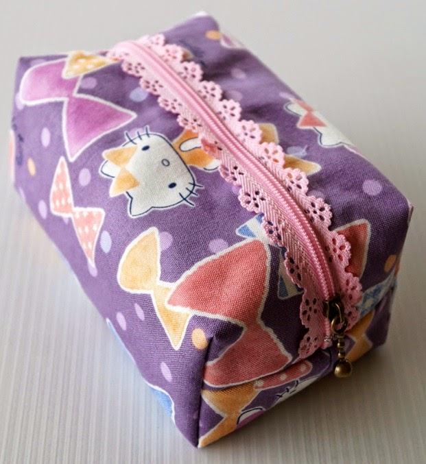 Lip Gloss Pouch - Hello Kitty