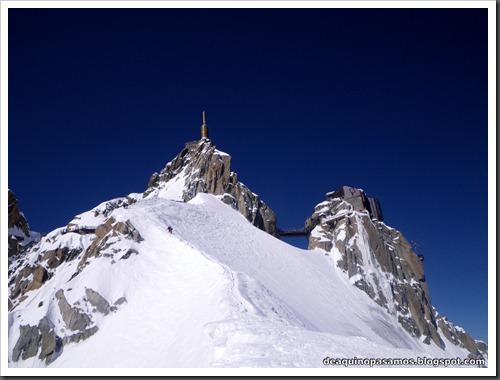 Descenso del Valle Blanco esquiando (Chamonix, Alpes) 5354