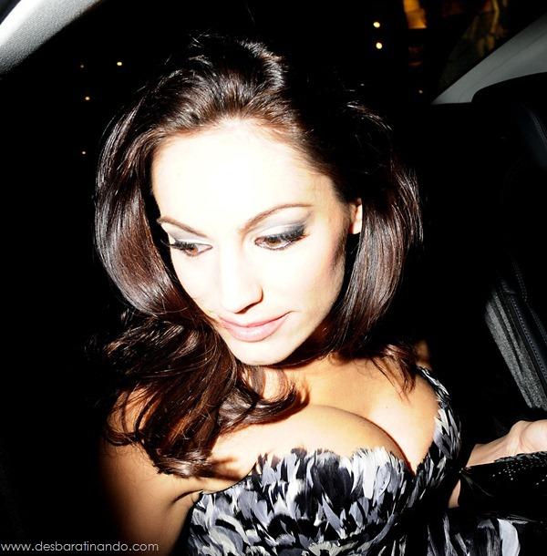 Kelly-Brooklinda-sensual-photoshoot-pics-boob-desbaratinando (8)